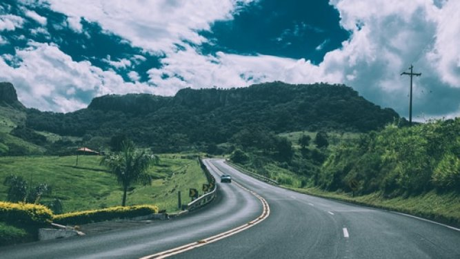 Road Trip Ideas to Maximize Fun and Not Break Your Budget